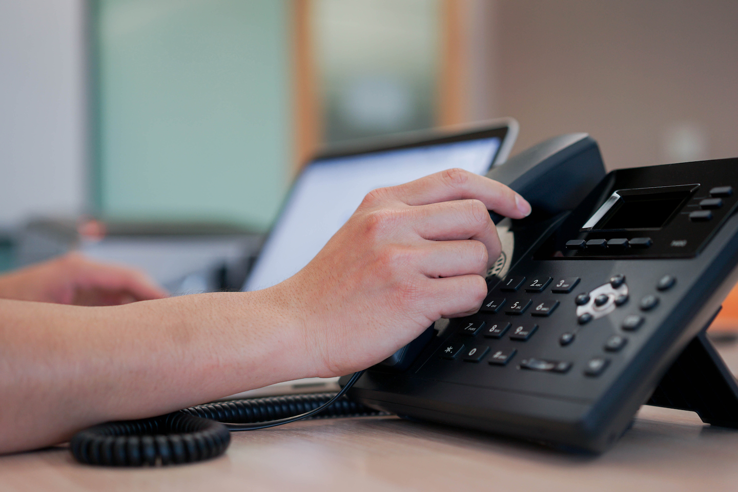 Choosing the Best Type of Phone Answering Service For Your Business