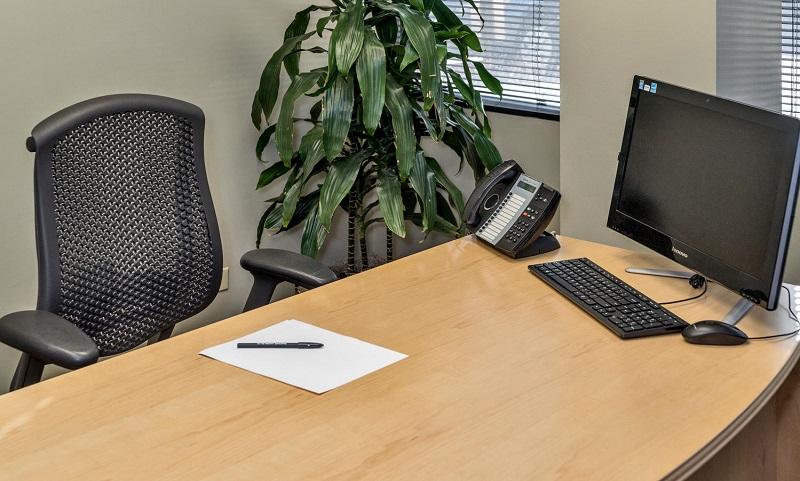 Executive Office 4